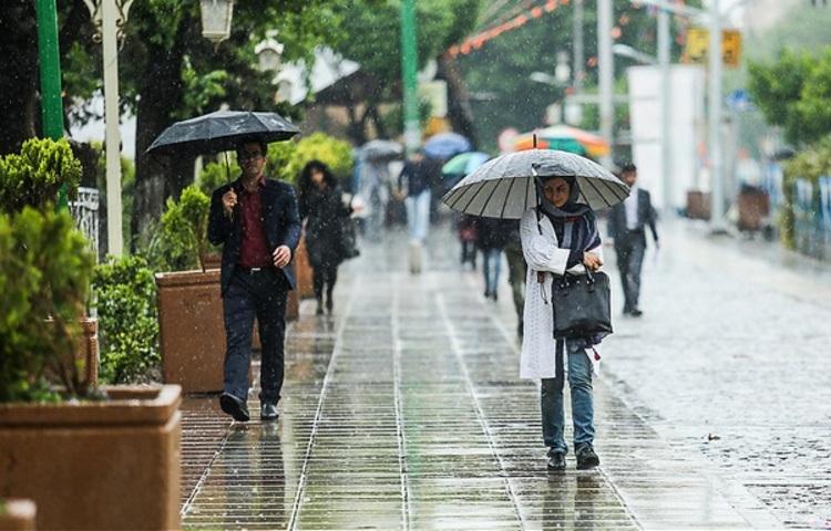 کاهش دما و باران در راه است