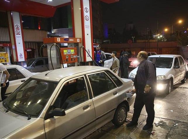 طرج مجلس برای تغییر نحوه سهمیه بندی بنزین؛ ماجرا چیست؟