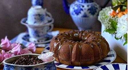 طرز تهیه کیک موکا با گاناش؛ کیکی خوشمزه و کافی شاپی