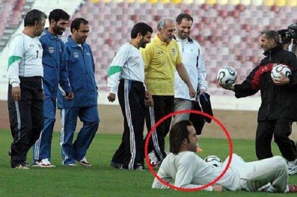 (عکس) محمود احمدی نژاد در پیراهن تیم ملی نونهالان!