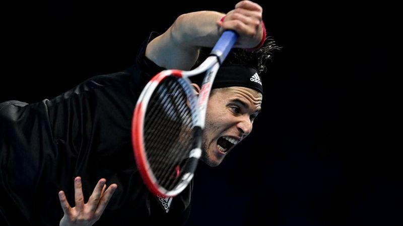 (تصویر) رفتار عجیب تنیسباز روس پس از قهرمانی