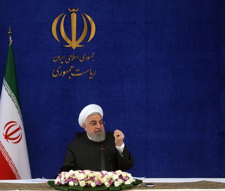 روحانی: امیدوارم پاییز امسال واکسن داخلی آنفولانزا را استفاده کنیم