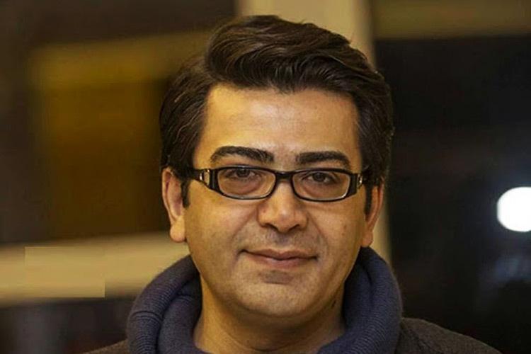 واکنش فرزاد حسنی به شایعه مهاجرتش