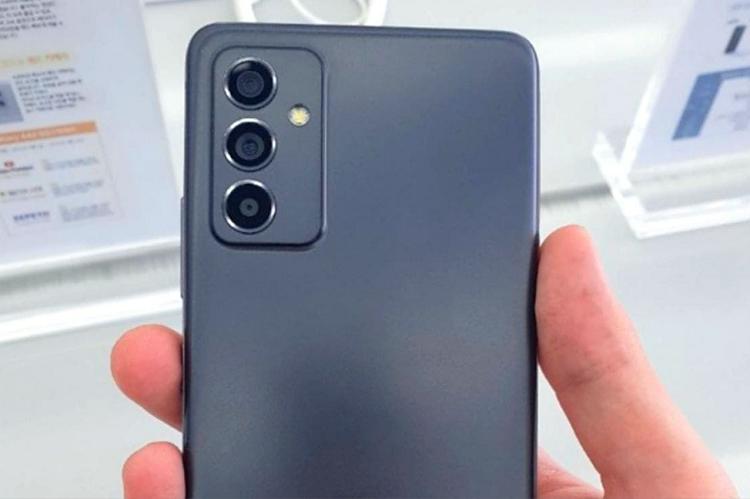 905758 908 - افشای تصاویر واقعی گوشی سامسونگ Galaxy A82