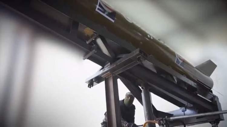 (ویدئو) رونمایی حماس از یک موشک جدید با ۲۵۰ کیلومتر برد