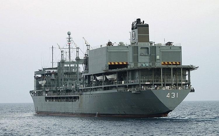 ناو خارک غرق شد؛ پایانی تلخ برای «خارک» شناور ارتش ایران