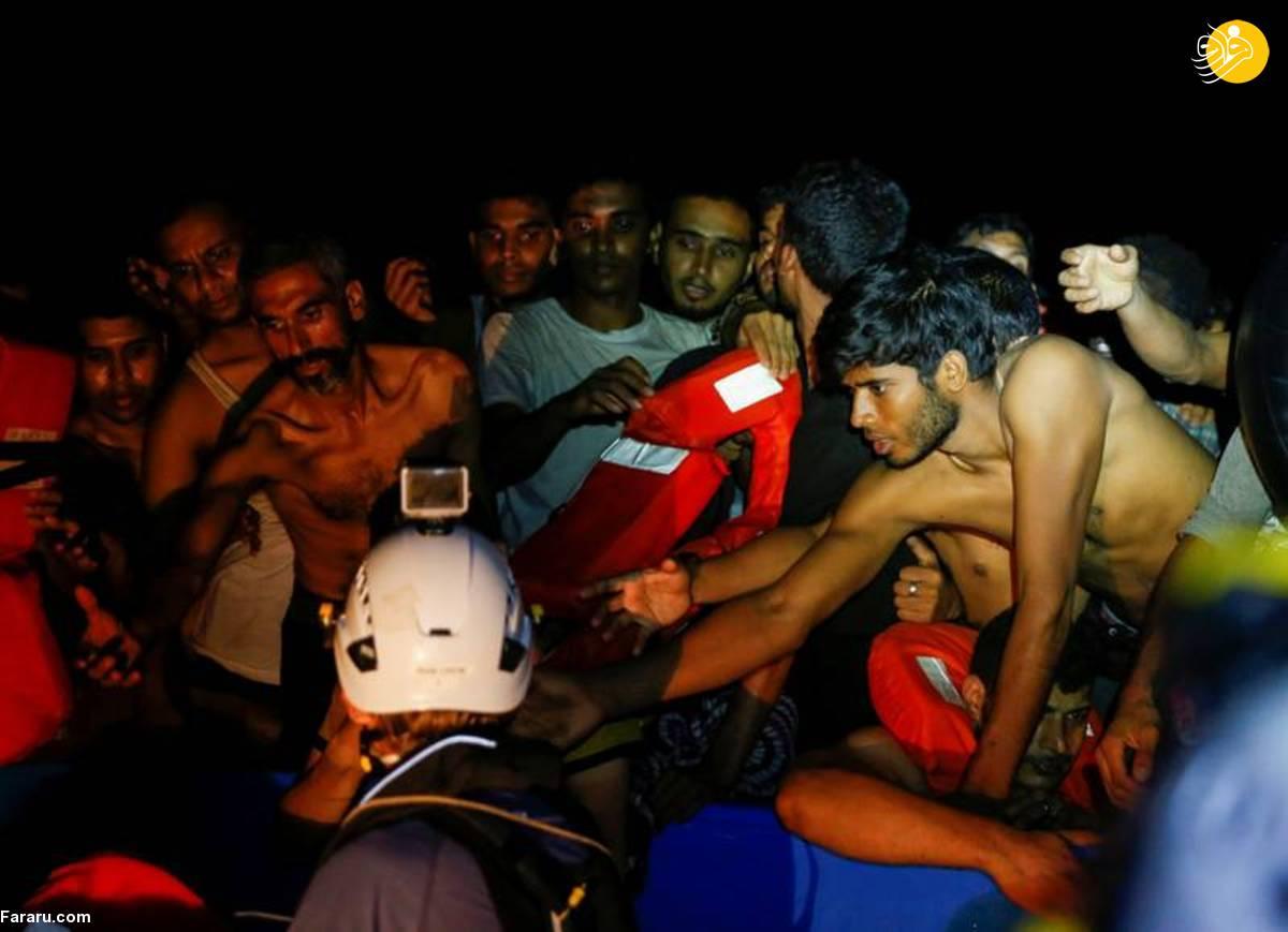 (تصاویر) نجات ۳۹۵ پناهجو از خطر غرق شدن