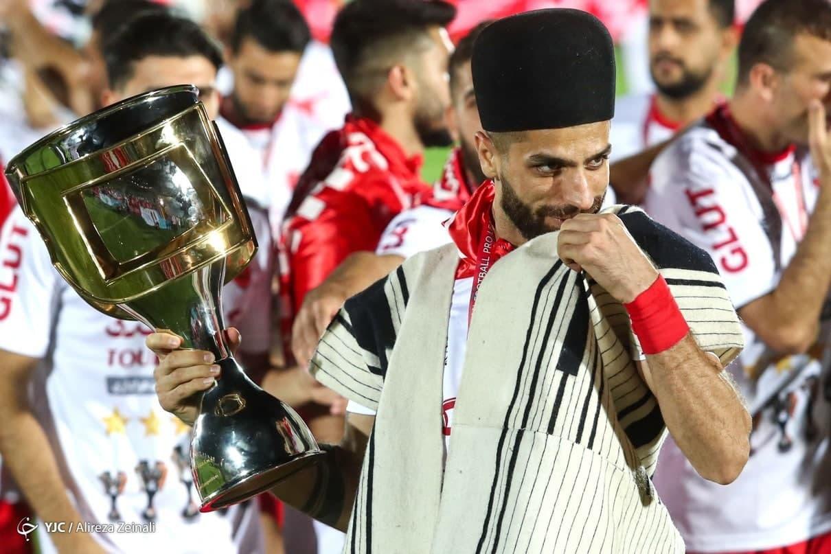(عکس) لباس ویژه ستاره پرسپولیس در جشن قهرمانی