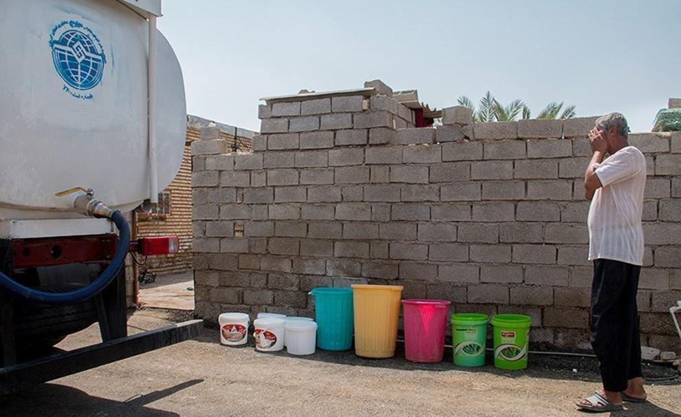 آبرسانی ۷۰ روستای آبادان با ۳۰تانکر/حل مشکل تا آخر تیر ماه