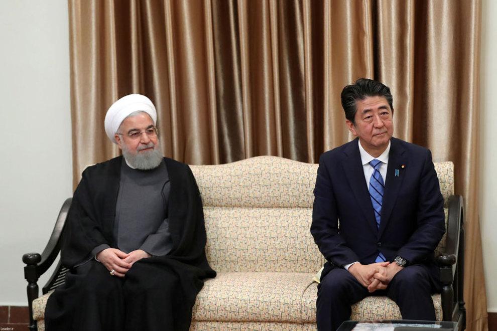 (تصاویر) شینزو آبه با رهبر انقلاب دیدار کرد