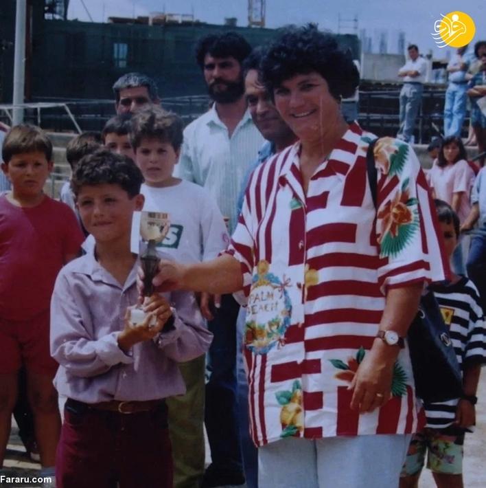 یکی از حسرت های همیشگی رونالدو این است که پدرش به دلیل مرگ زودهنگام نتوانست موفقیت های چشمگیرش در دنیای فوتبال را ببیند.