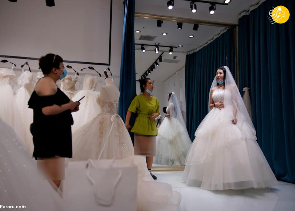 resized 741217 589 - شهری که بزرگترین تولیدکننده لباس عروس در جهان است +عکس