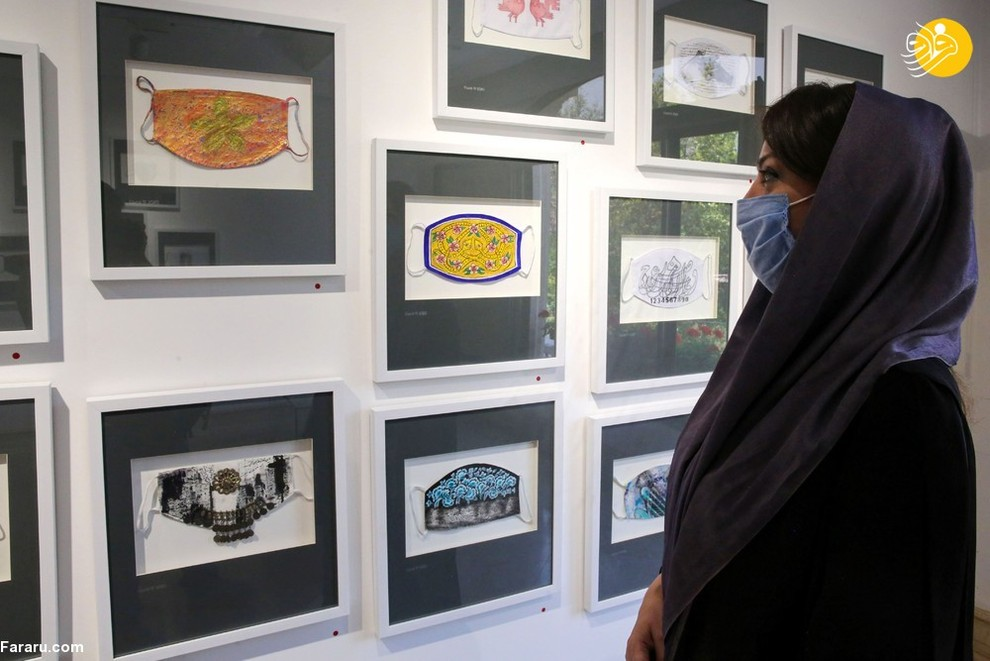 زن ایرانی در نمایشگاه هنری گالری کاما/ عکس: AFP