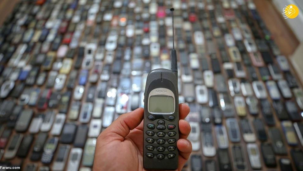 resized 792571 291 - مردی که ۱۰۰۰ موبایل در خانه دارد!/ عکسها