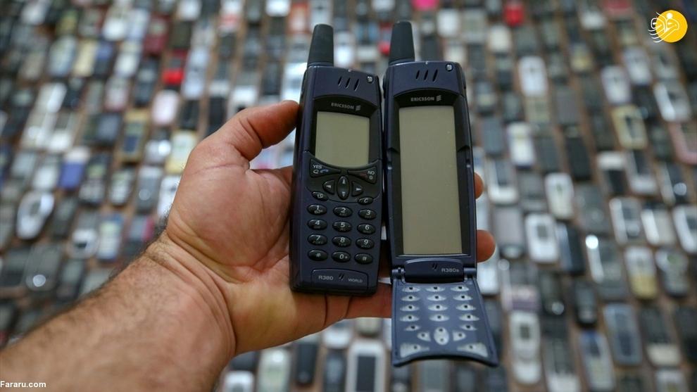 resized 792573 495 - مردی که ۱۰۰۰ موبایل در خانه دارد!/ عکسها
