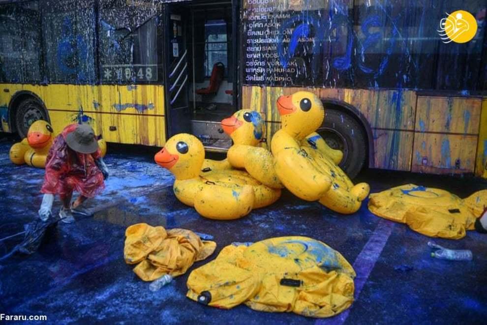 (تصاویر) تظاهرات اردکهای زرد در تایلند
