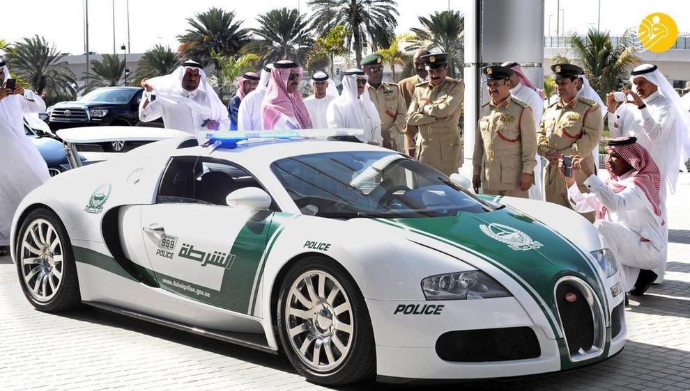 بوگاتی ویرون سریعترین خودروی جهان که یکی از گرانترین خودروهای پلیس دبی است