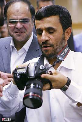 احمدينژاد و ديجيتال!