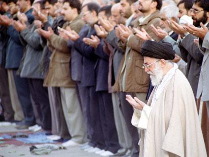 اطلاعيه دفتر مقام معظم رهبري در مورد روز اول شوال و عيد سعيد فطر