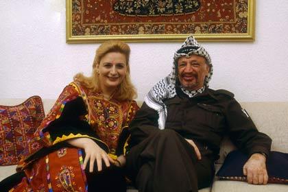 همراه با همسرش سها