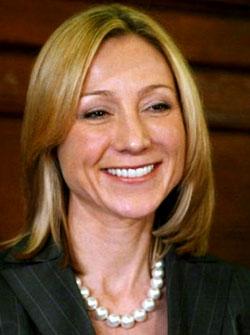 بلیندا استروناچ، سیاستمدار کانادایی